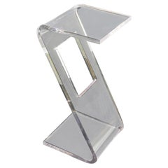 Mid-Century Modern Bent Clear Lucite Z End or Side Table