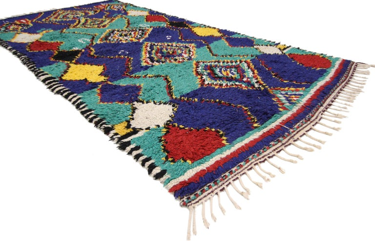 74765 Contemporary Berber Moroccan Rug with Post-Modern Bauhaus Style. This hand knotted wool contemporary Berber Moroccan area rug with Postmodern Bauhaus style features a center row of stacked diamonds within diamonds flanked by zigzag lines
