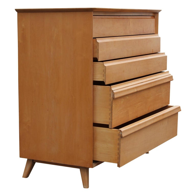 Fantastic Mid-Century Modern 5-drawer birch chest of drawers with louver style drawer pulls from Birchcraft by Baumritter.
