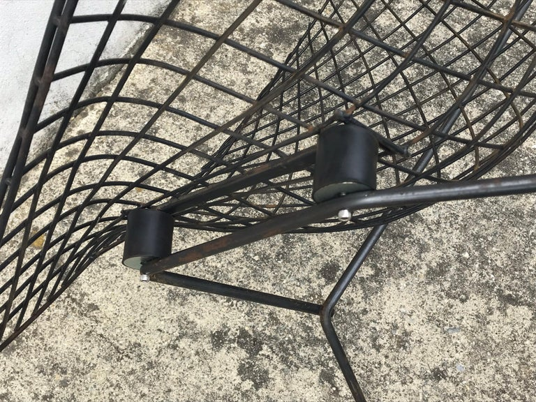 Mid-Century Modern Bird Chair in Black by Harry Bertoia for Knoll, Early 1950s For Sale 3