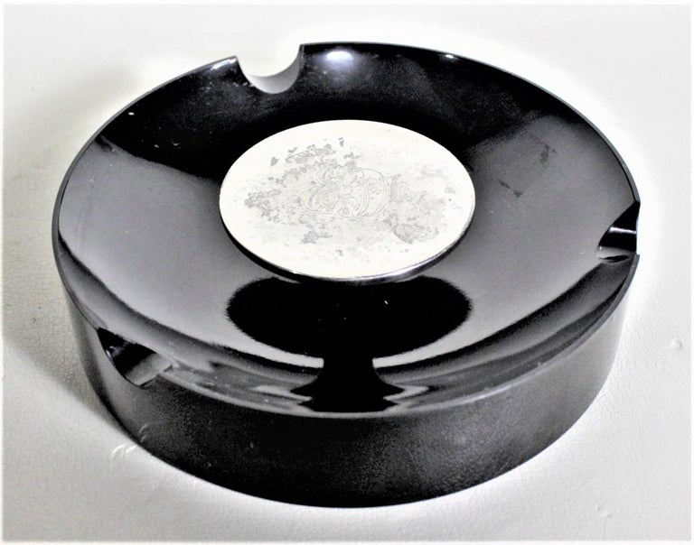 Mid-Century Modern Birks Sterling and Black Composite Cigar or Cigarette Ashtray In Good Condition For Sale In Hamilton, Ontario