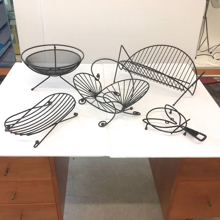 Mid-Century Modern Black Iron Wire Organizers In Good Condition For Sale In Hingham, MA