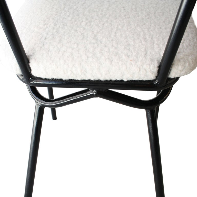 Mid-Century Modern Black Lacquered Iron and White Bouclé Italian Chairs, 1960 For Sale 4