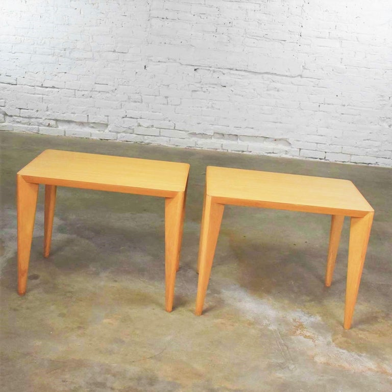 Mid-Century Modern Blonde Side Tables or End Tables with Laminate Tops a P For Sale 6