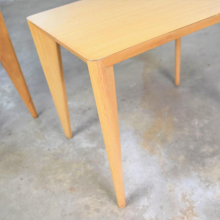 Mid-Century Modern Blonde Side Tables or End Tables with Laminate Tops a P For Sale 11