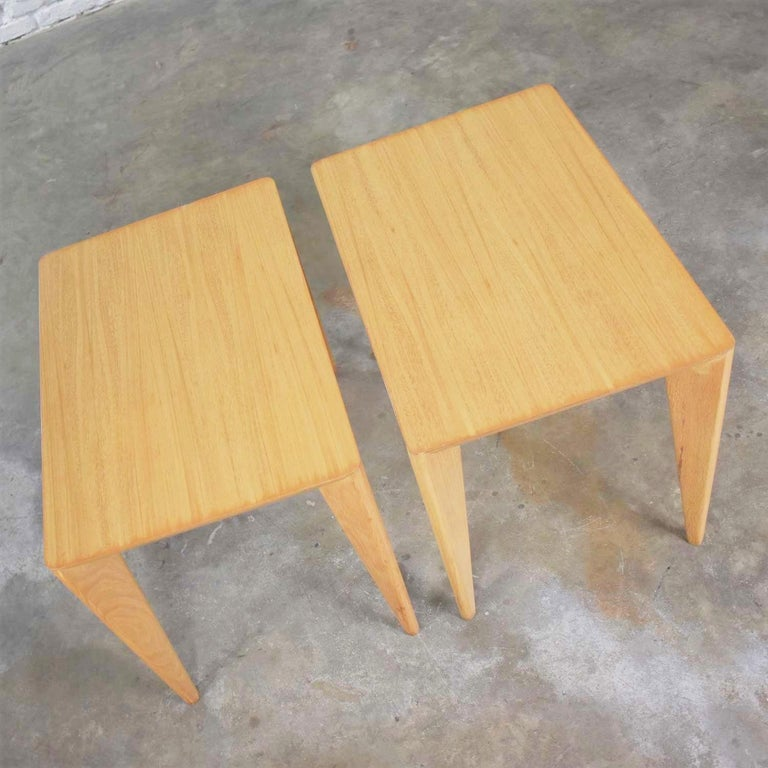 American Mid-Century Modern Blonde Side Tables or End Tables with Laminate Tops a P For Sale