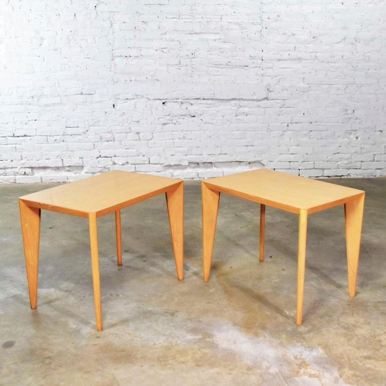 Mid-Century Modern Blonde Side Tables or End Tables with Laminate Tops a P For Sale 4