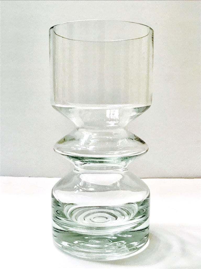 Finnish Mid-Century Modern Blown Glass Vase from Finland by Riihimäen Lasi Oy For Sale