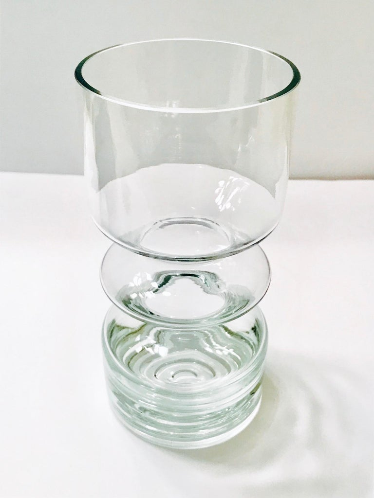 Mid-Century Modern Blown Glass Vase from Finland by Riihimäen Lasi Oy For Sale 2