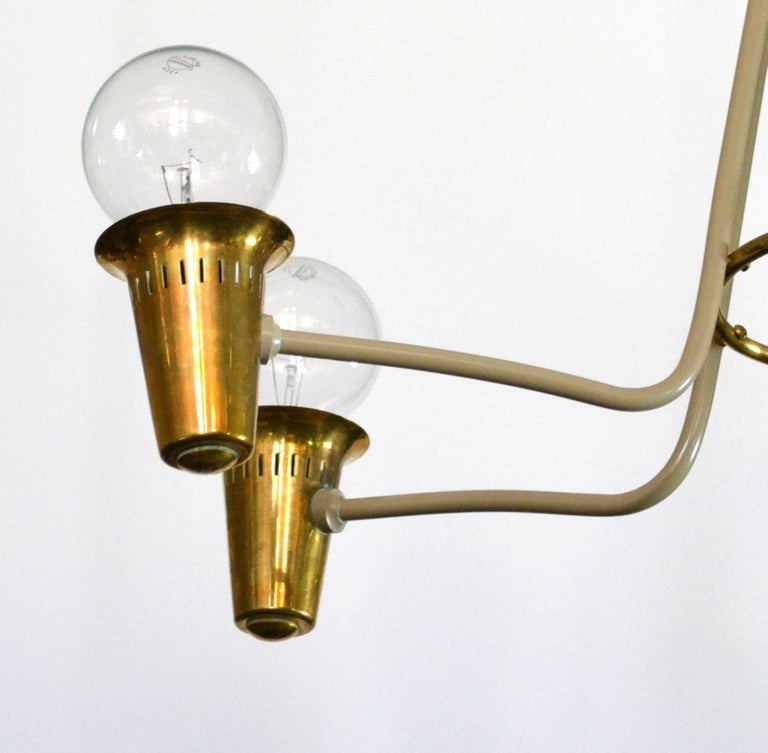 Mid-Century Modern Brass Chandelier In Good Condition For Sale In Palm Springs, CA
