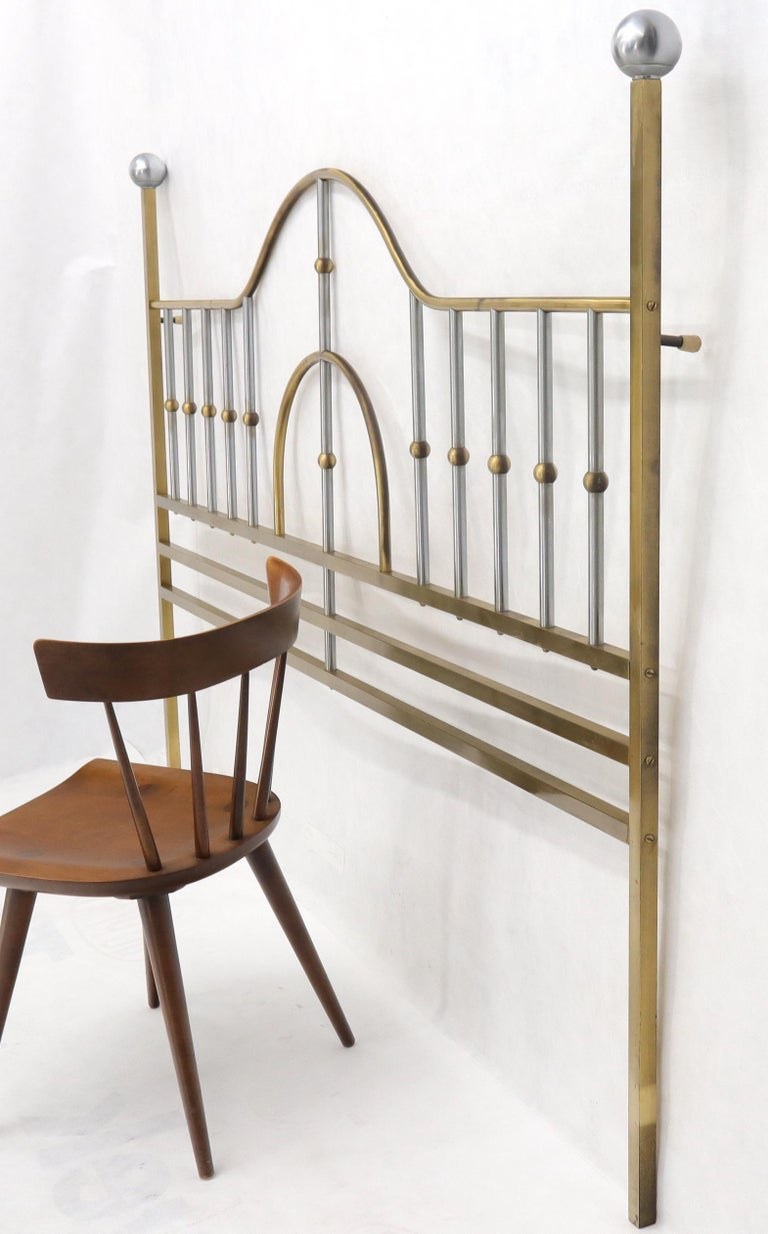 Mid-Century Modern Brass and Chrome King Size Headboard In Excellent Condition For Sale In Rockaway, NJ