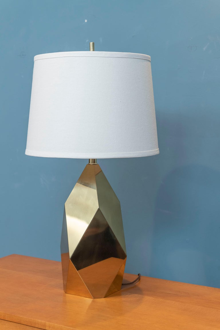 American Mid-Century Modern Brass Faceted Lamp For Sale