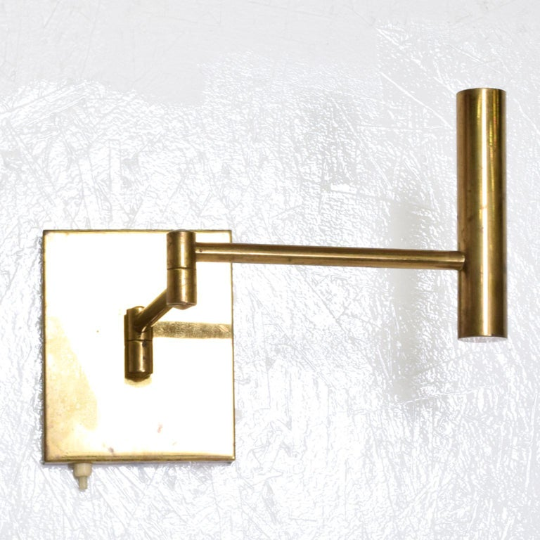 American Mid-Century Modern Brass Wall Sconces, After Lightolier For Sale