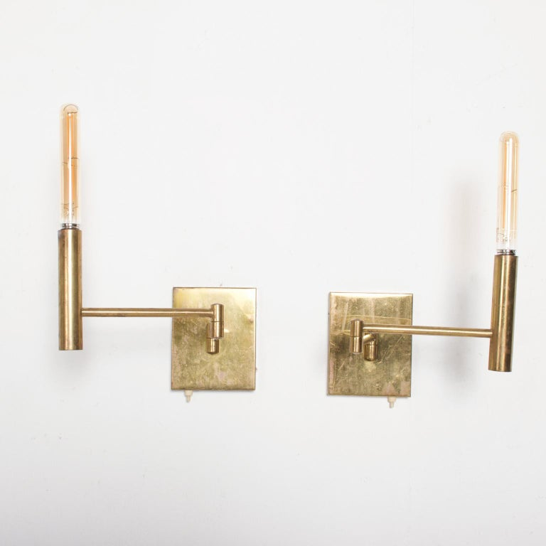 Mid-20th Century Mid-Century Modern Brass Wall Sconces, After Lightolier For Sale