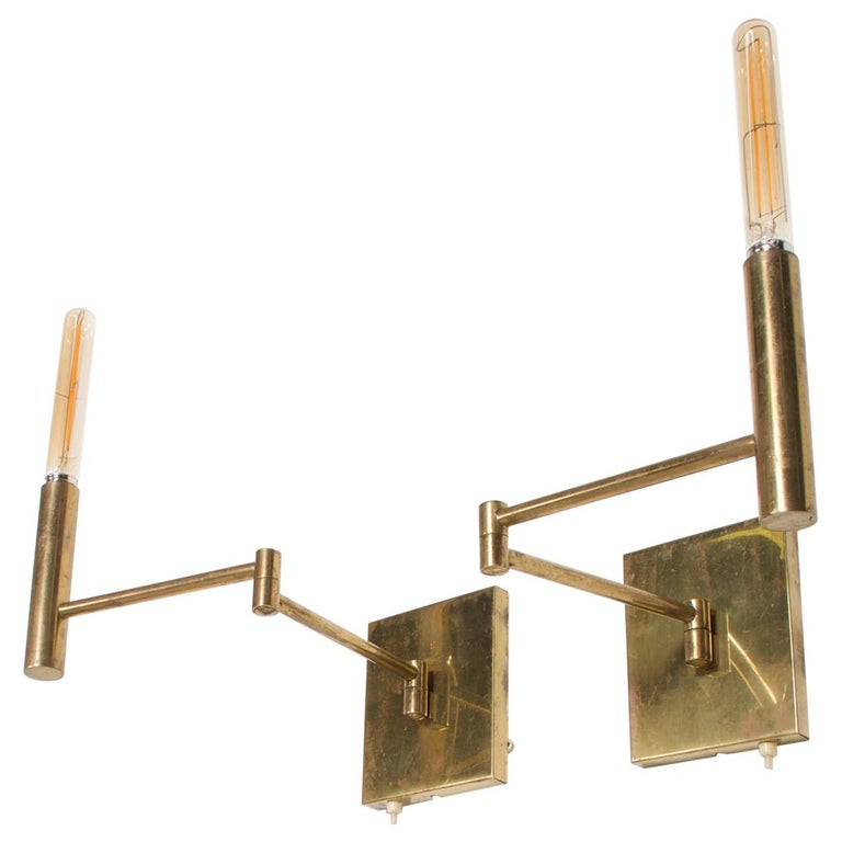 Mid-Century Modern Brass Wall Sconces, After Lightolier For Sale