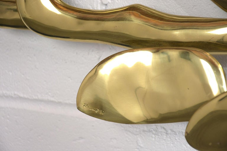 Mid-Century Modern Brass Wall Sculpture In Good Condition For Sale In Los Angeles, CA