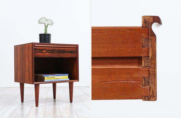 Mid-Century Modern Brazilian Rosewood Nightstands by Westnofa For Sale 3