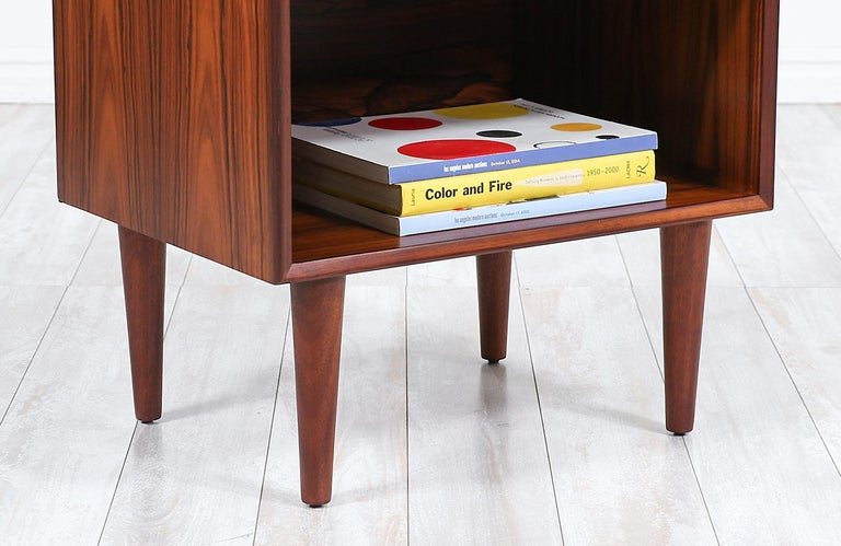 Mid-Century Modern Brazilian Rosewood Nightstands by Westnofa For Sale 2