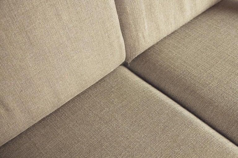 Mid-Century Modern Brazilian Zoomorphic Vintage Sofa with Headrest, 1960s For Sale 6