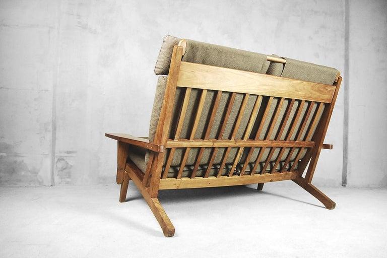Mid-Century Modern Brazilian Zoomorphic Vintage Sofa with Headrest, 1960s For Sale 7