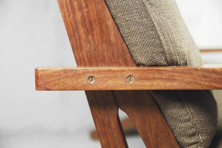 Fabric Mid-Century Modern Brazilian Zoomorphic Vintage Sofa with Headrest, 1960s For Sale
