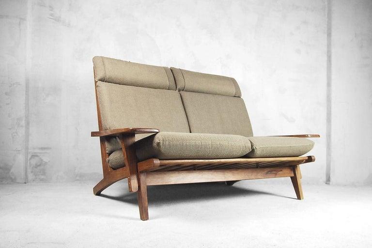 Mid-Century Modern Brazilian Zoomorphic Vintage Sofa with Headrest, 1960s For Sale 4