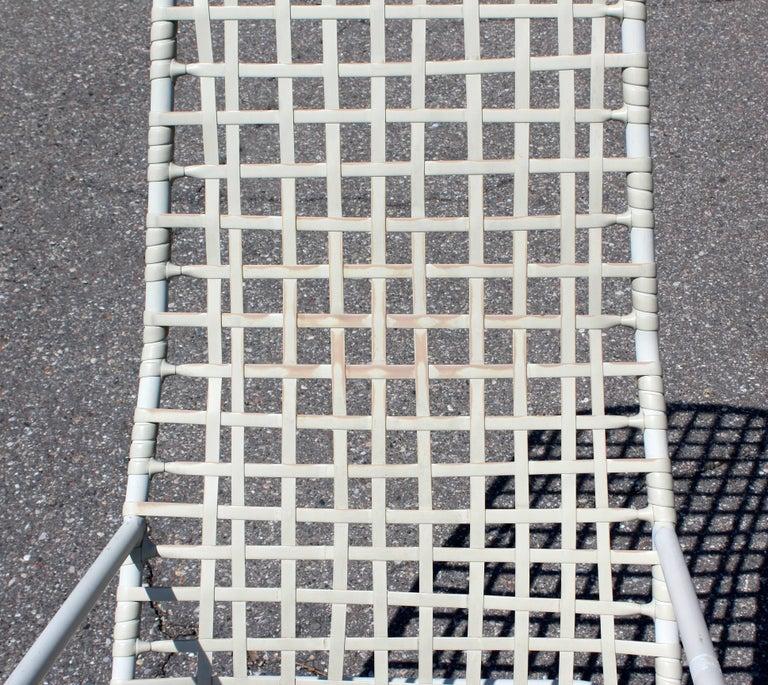 Mid-Century Modern Brown Jordan Kantan Outdoor Patio Rocker Rocking Chair, 1960s For Sale 1