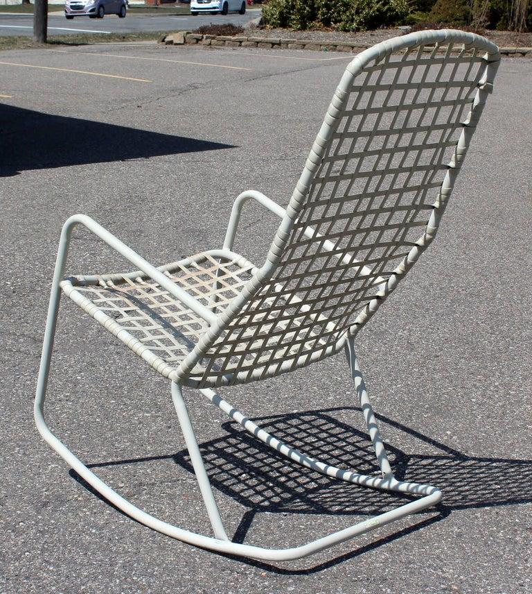 Mid-Century Modern Brown Jordan Kantan Outdoor Patio Rocker Rocking Chair, 1960s For Sale 2