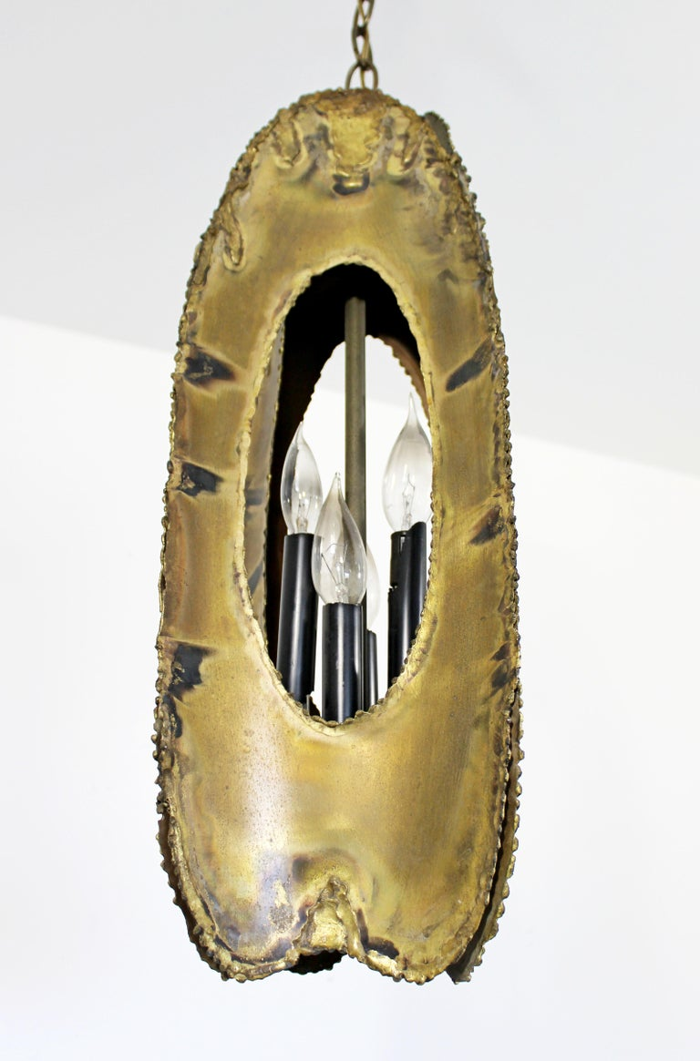 Mid-Century Modern Brutalist Torchcut Brass Pendant Light Fixture Tom Greene For Sale 2