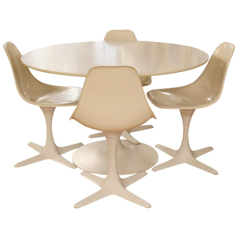 Mid-Century Modern Burke Tulip Propeller Dining Dinette Set Table 4 Chairs 1960s For Sale