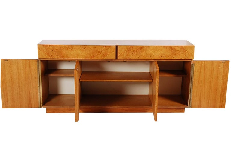 Mid-Century Modern Burl Cabinet or Credenza by Milo Baughman for Lane For Sale 1