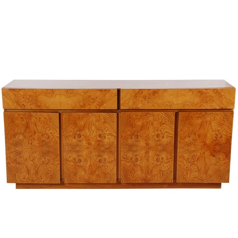 Mid-Century Modern Burl Cabinet or Credenza by Milo Baughman for Lane For Sale