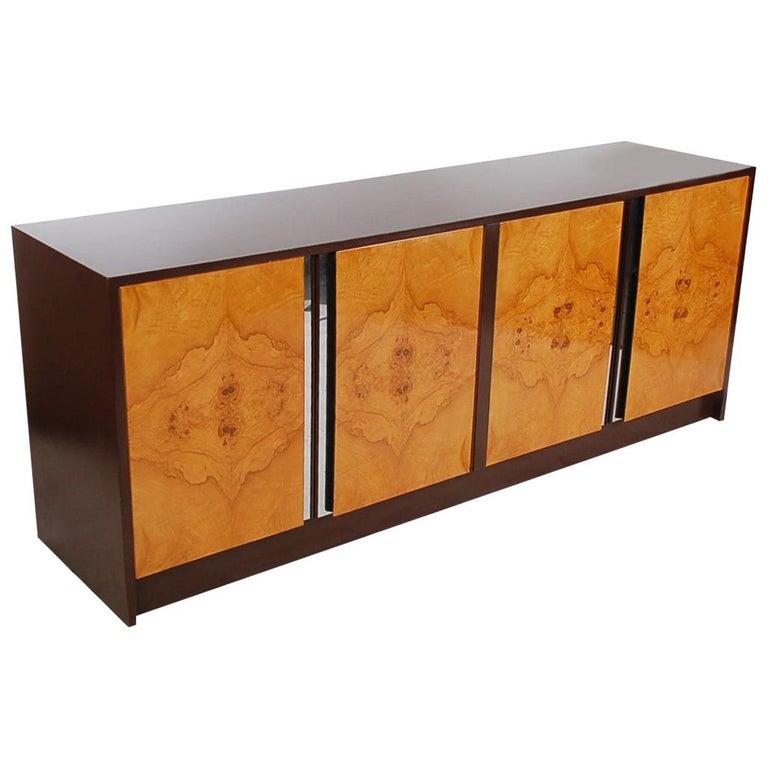 Mid-Century Modern Burl Credenza or Cabinet after Milo Baughman For Sale
