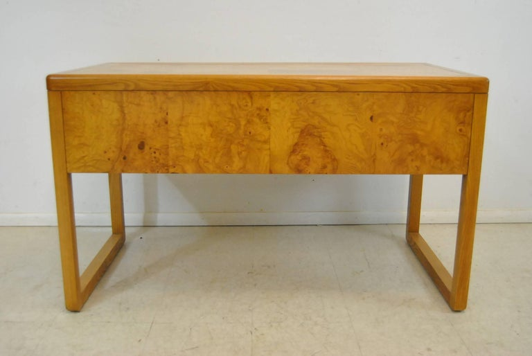 top with writing inset sligh auctions desk mahogany lots furniture chippendale leather surface flat carved style