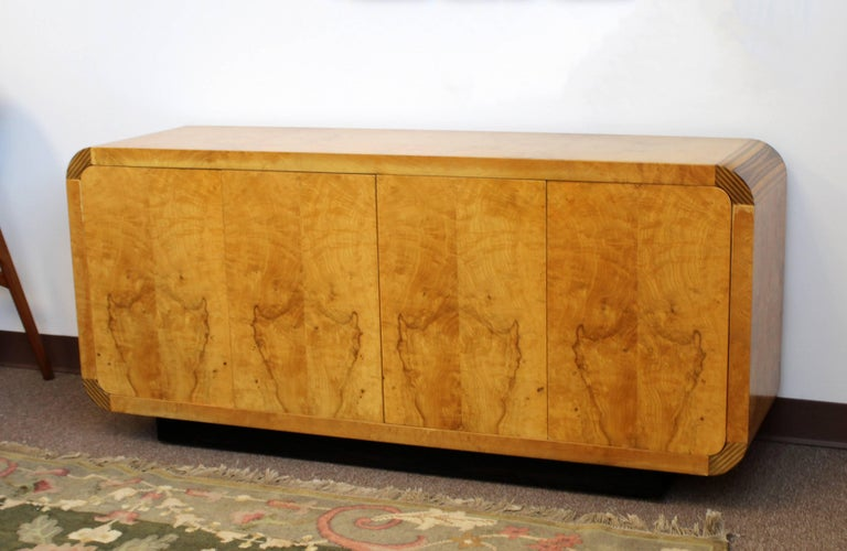 Mid-Century Modern Burled Olivewood Ebony Credenza Henredon Scene 2, 1970s In Good Condition For Sale In Keego Harbor, MI