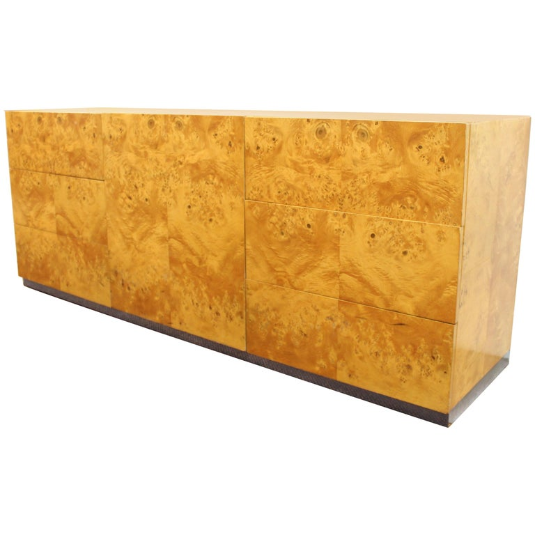 Mid-Century Modern Burlwood Credenza Attributed to Milo Baughman For Sale