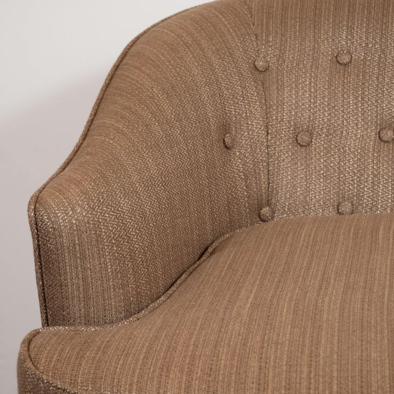Ebonized Mid-Century Modern Button Back Swivel Chair in Holly Hunt Umber Fabric For Sale