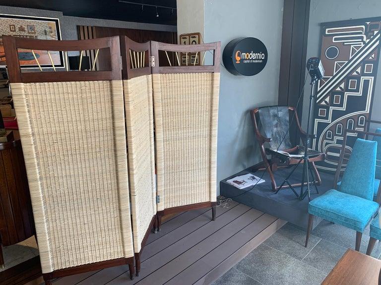 Mid-Century Modern Cane and Wood Screen In Fair Condition For Sale In San Pedro Garza Garcia, Nuevo Leon