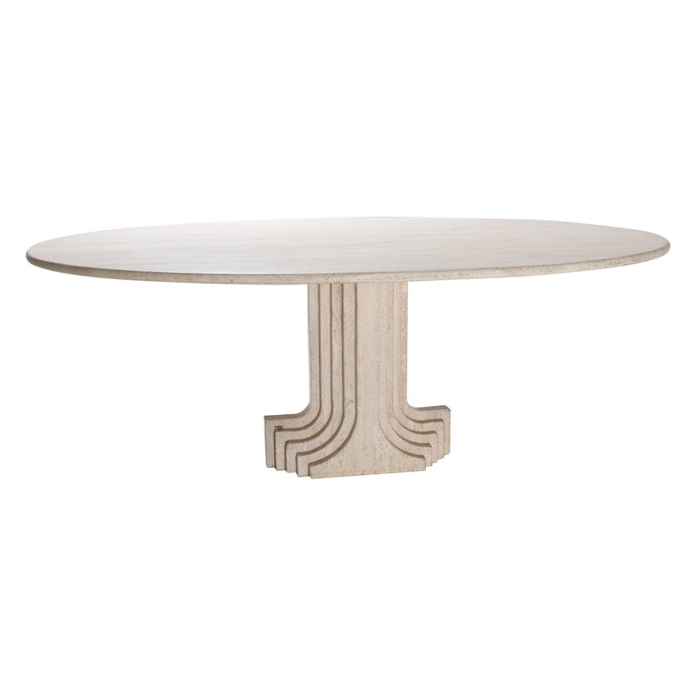 Mid-Century Modern Carlo Scarpa Cream Travertine Pedestal Dining Table, 1970 For Sale