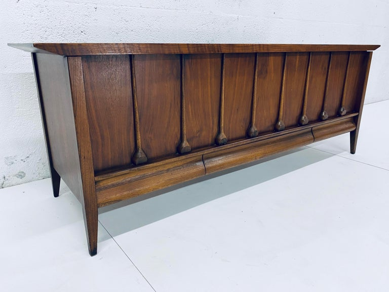 Laminate Mid-Century Modern Cedar Lined Chest by Lane For Sale