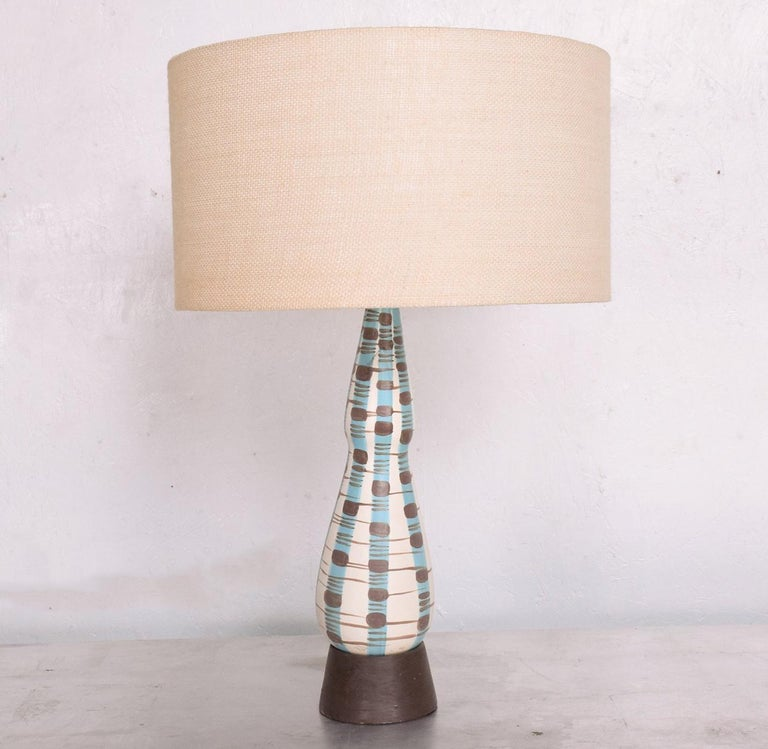 Mid-Century Modern Ceramic Table Lamp For Sale 4