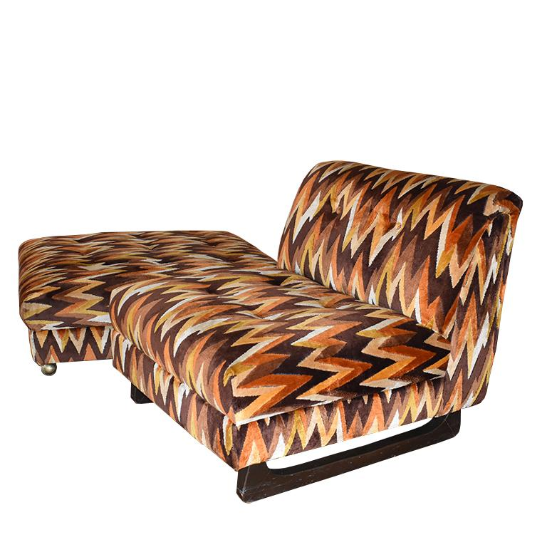 Mid-Century Modern Chair and Ottoman Set in Flame-Stitch Orange Brown Velvet In Good Condition For Sale In Oklahoma City, OK
