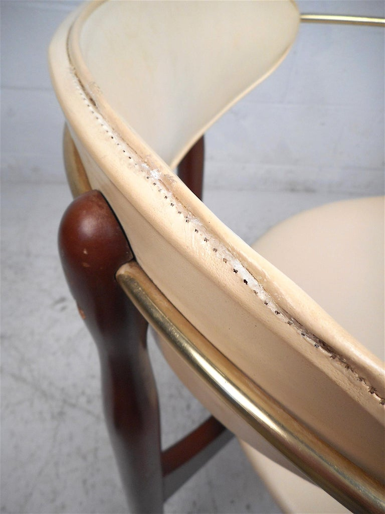 Mid-Century Modern Chair by Kedawood Furniture For Sale 6
