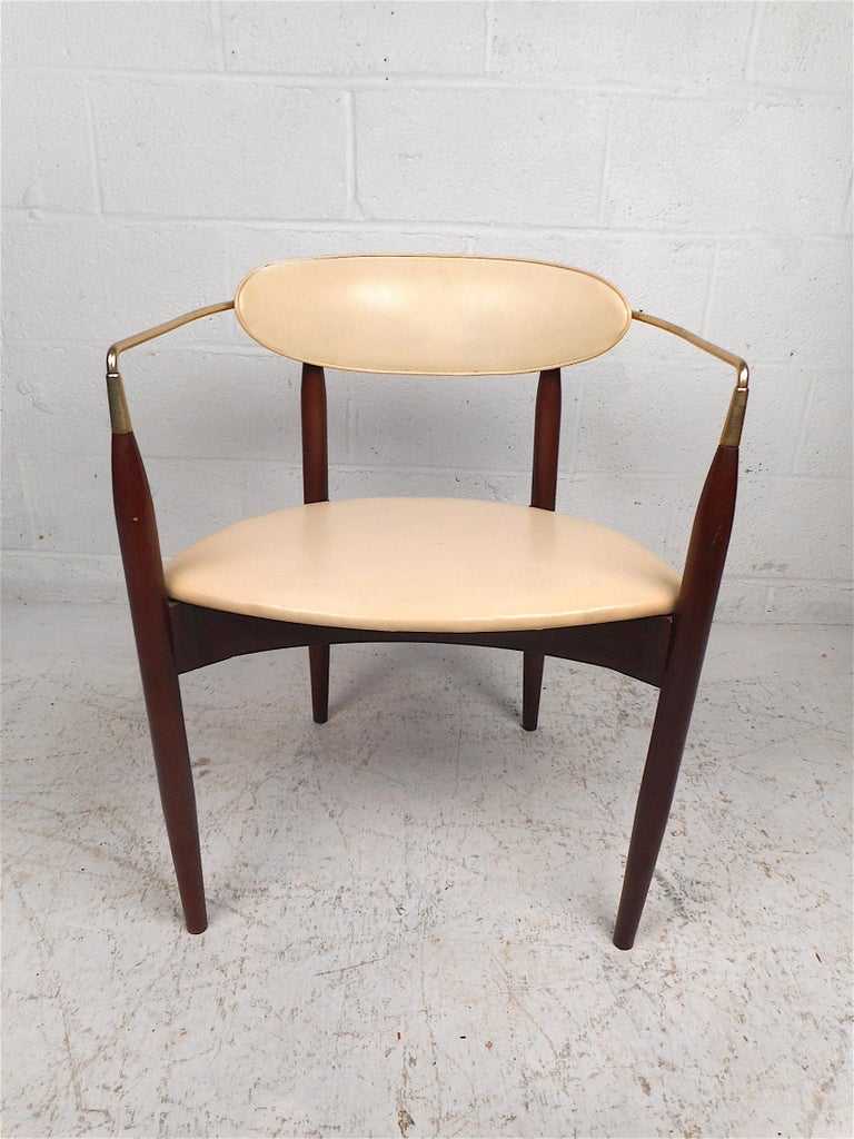 American Mid-Century Modern Chair by Kedawood Furniture For Sale
