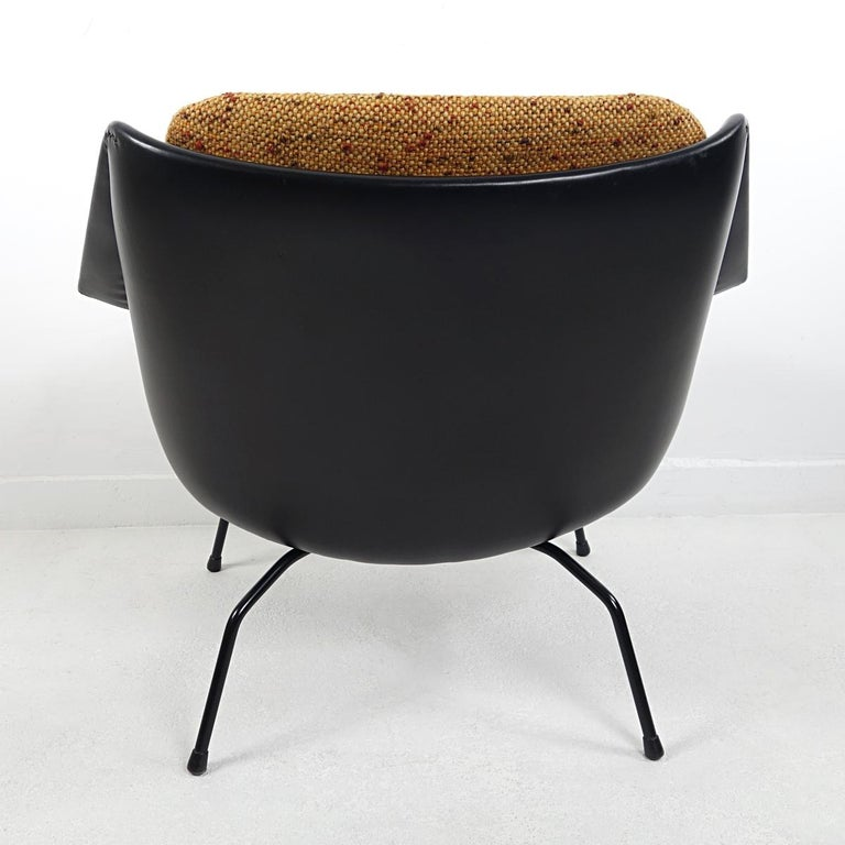 Fabric Mid-Century Modern Chair FM08 with Loose Cushions by Cees Braakman for Pastoe For Sale