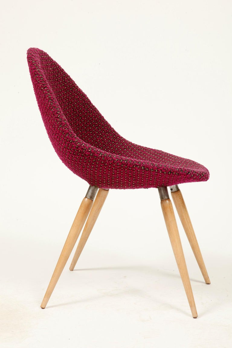 Czech Mid-Century Modern Chair of M. Navratil in Original Violet Upholstery, 1960s For Sale
