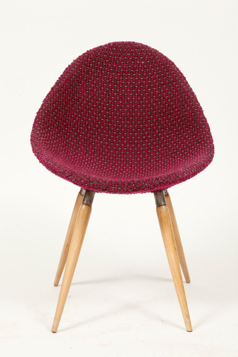 Mid-Century Modern Chair of M. Navratil in Original Violet Upholstery, 1960s For Sale 2