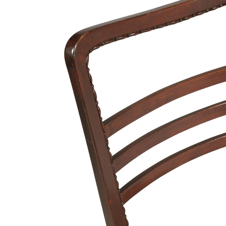 Mid-Century Modern Chair Paolo Buffa Attributed, from Cantù in Carved Mahogany For Sale 2