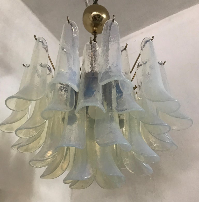 Blown Glass Mid-Century Modern Chandelier, La Murrina in Opalescent Murano Glass, circa 1970 For Sale