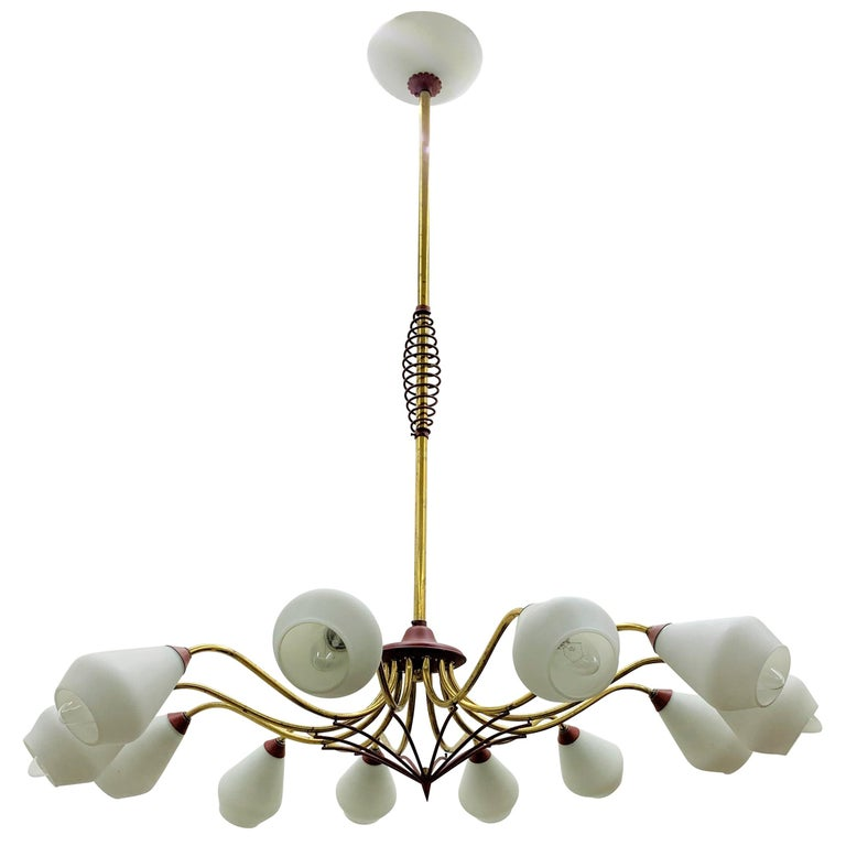 Mid-Century Modern Chandelier in Brass and Opaline Glass, Attributed to Stilnovo For Sale